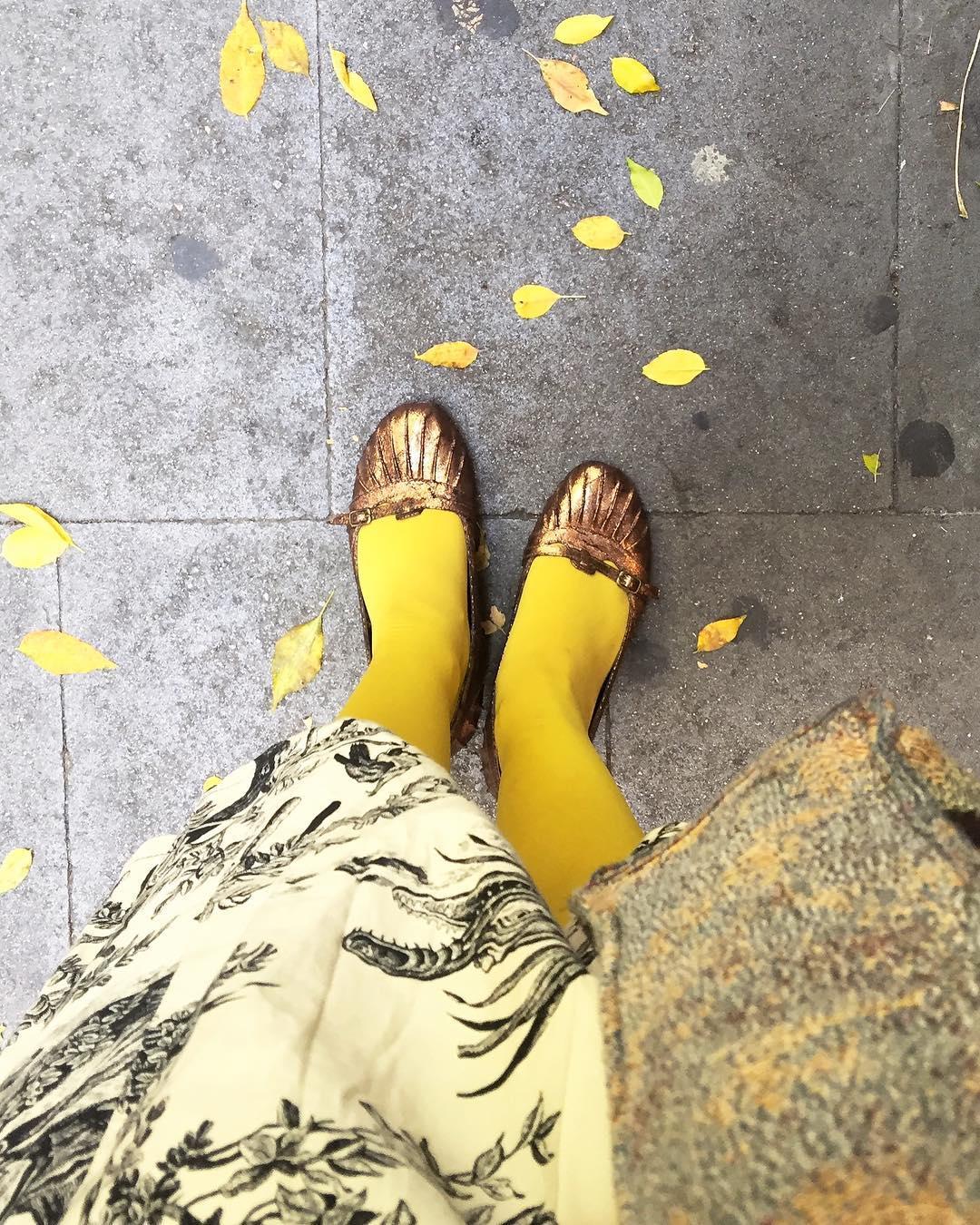 """""""¿Cómo podré llegar hasta allí?"""", pregunta Dorothy. """"Sigue el camino de baldosas amarillas"""", responde con naturalidad la Bruja Buena del Norte. """"The Wizard of Oz"""", 1939"""