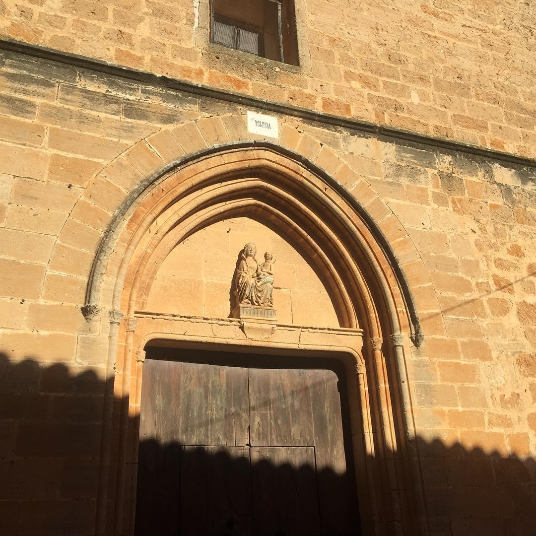 Bon #DijousBo17 amb una foto de l'esglèsia del meu poble, #Algaida