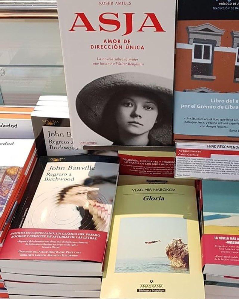 Gracias @joseluis.poveda #repost Junto a Banville y Nabokov, muy buena compañía. A ver cuando vienes a Madrid a firmar y me firmas mi ejemplar