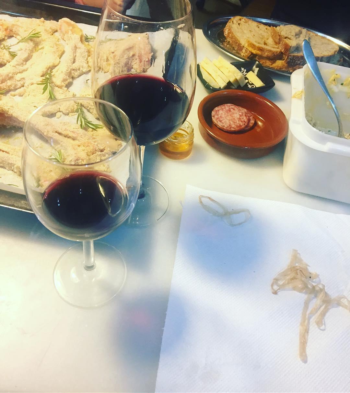 Italia en #poblesec con @ciompiemidio