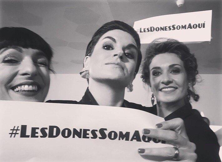 Doncs sí. #lesdonessomaquí #10premisgaudi 💕amb @miriamtortosa @agnesbusquetstarrasa