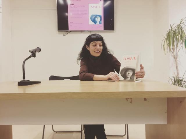 Club de Lectura con la autora Roser Amills en Mallorca