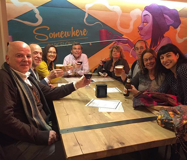 Escritores franceses y catalanes que brindan #somwhere ;)) tras la presentación