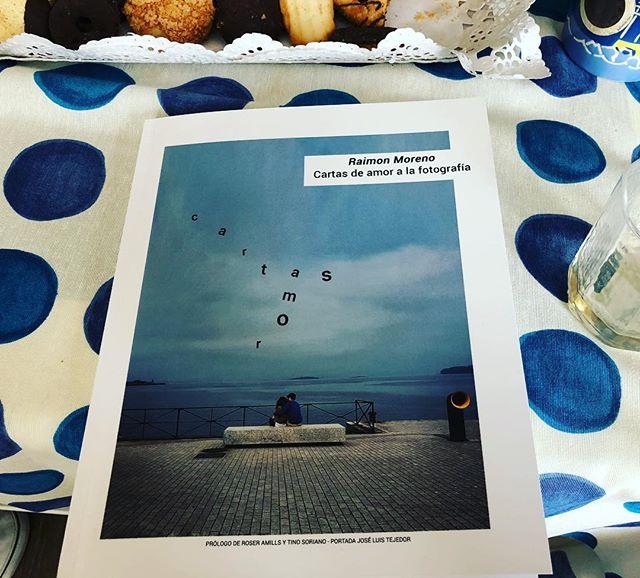 Muy honrada por haber podido prologar estas #cartasdeamor a la fotografía de @raimonmoreno 😍