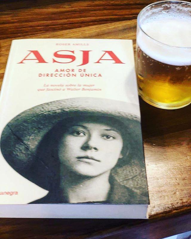 Me alegra mucho que @pdrtous sea un lector #depalabra (y, si no me equivoco, ha comprado la novela en @ratacorner !) Muy feliz lectura!!!