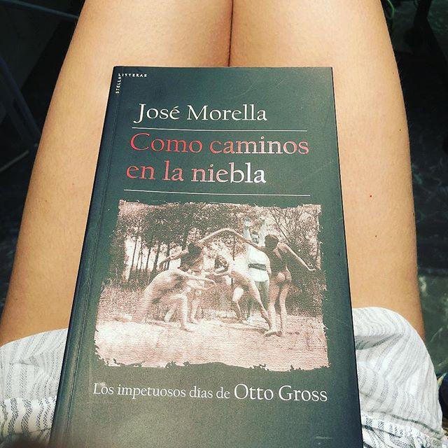 Me gustan mucho esta novela y su autor ;)) @josemorella 📚
