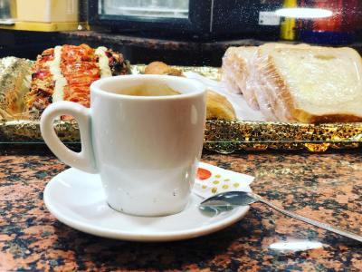 Mi gasolina para escribir muchas horas seguidas :)) #coffee #addict #caffeine