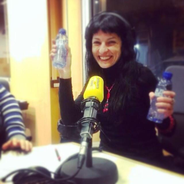 GRACIAS querida radio por darme tantas alegrías todos estos años. Feliz #diamundialdelaradio a todos!!! #cultura #alegria #radio
