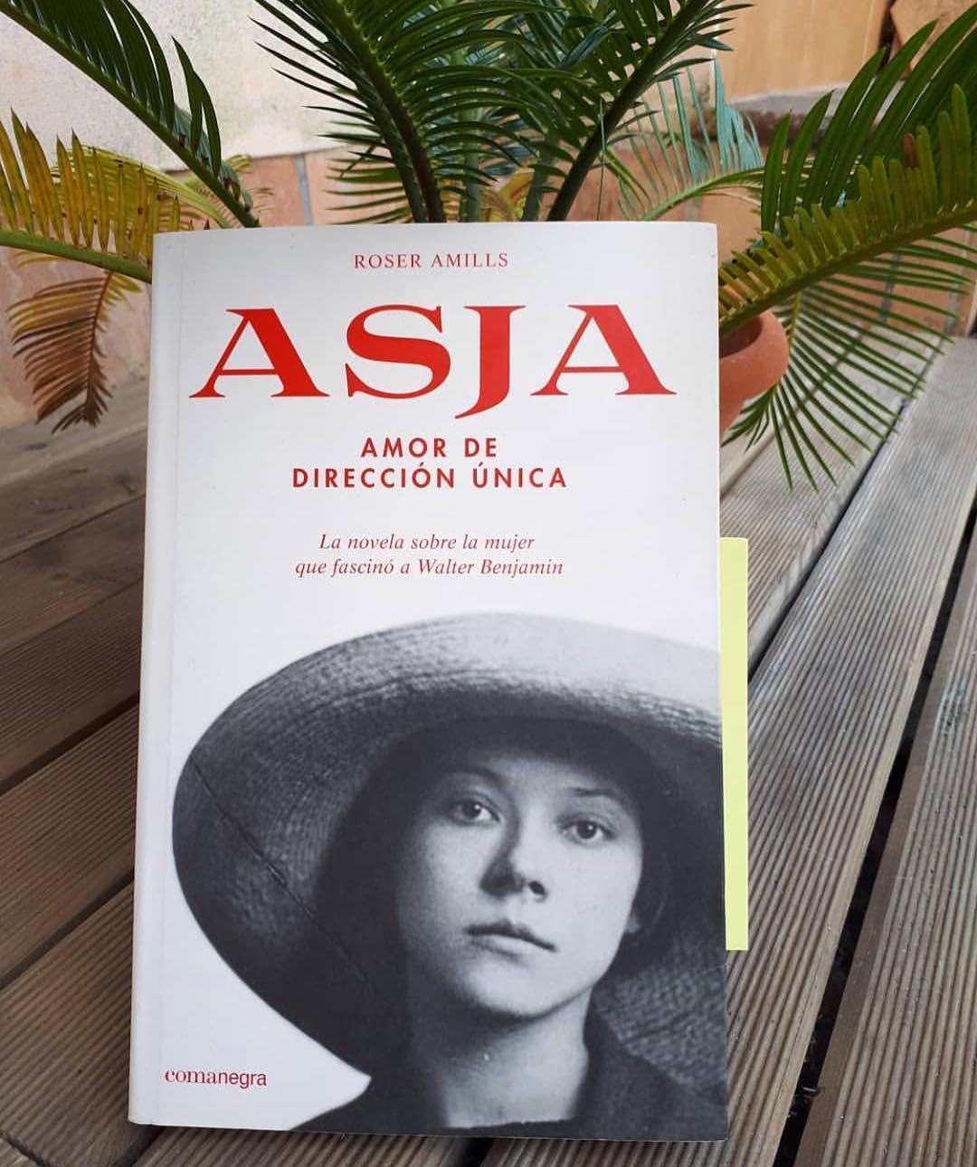 Qué alegría me das, @crisis_alonso, con esta foto de tu nueva lectura: gracias por querer conocer a #asjalacis :))