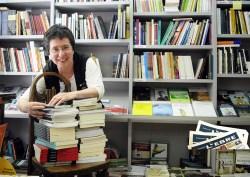 Rosa Cubeles, llibretera (Amposta)