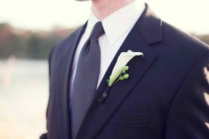 Rose Tuxedo Serving Gilbert, AZ Purple White Modern Washington DC Wedding Groom Boutonniere