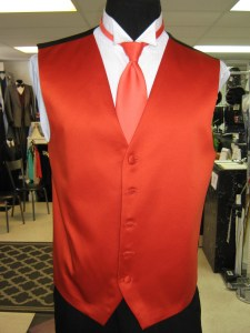 Tuxedo vest for rent at the best prices