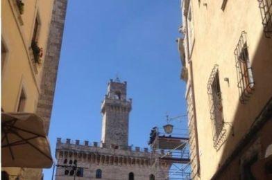 Pueblos en la Toscana: Cortona, Montepulciano y Pienza.