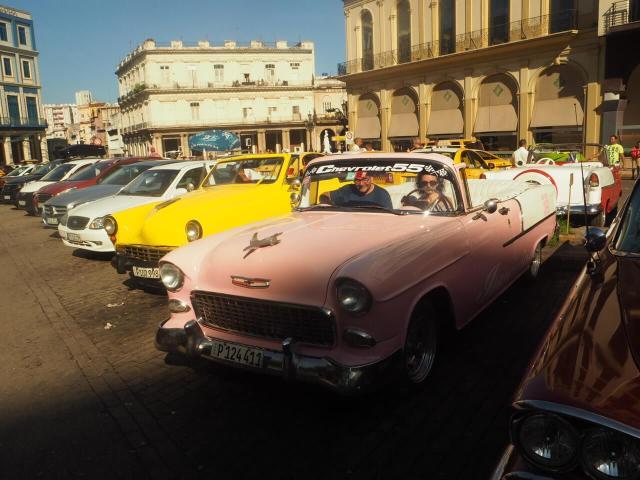 Un paseo en coche por la Habana.