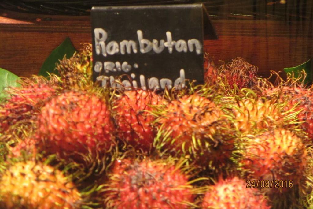 MI fruta favorita! Los rambutanes tailandeses.