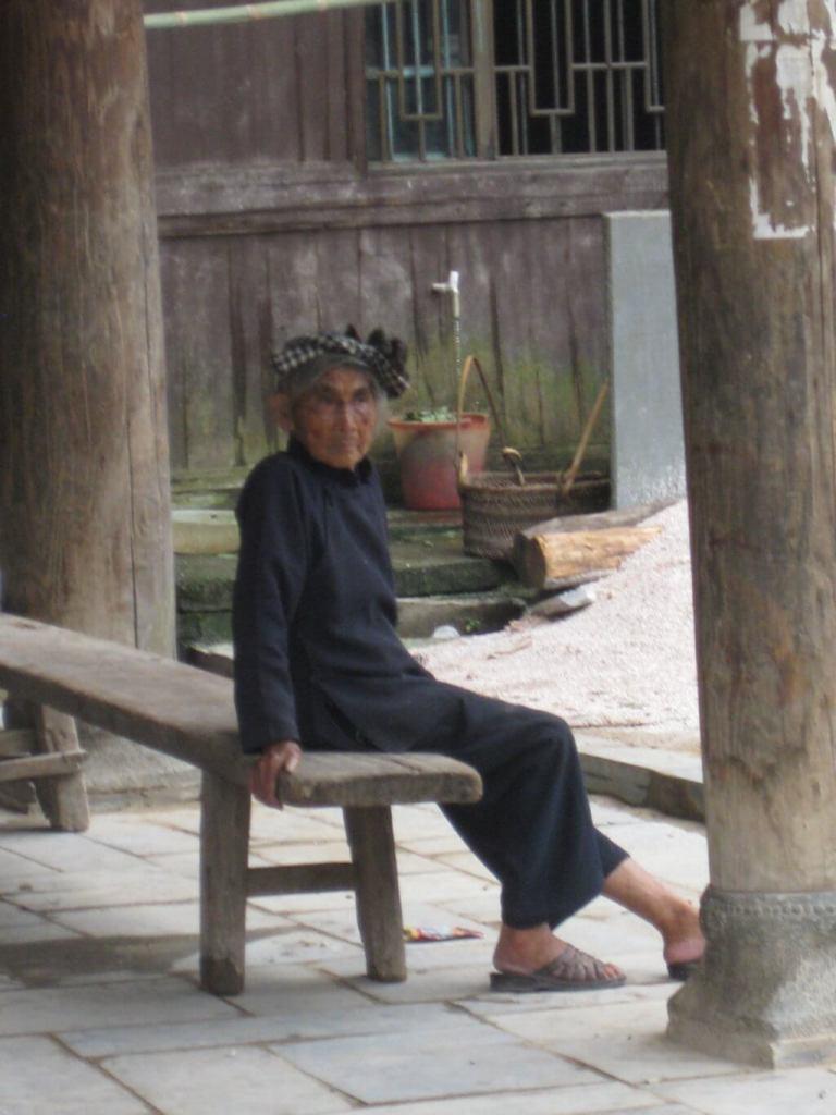 Mujer de la minoría dong.