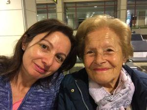 Primer selfie del viaje... en Barajas. roseviaja