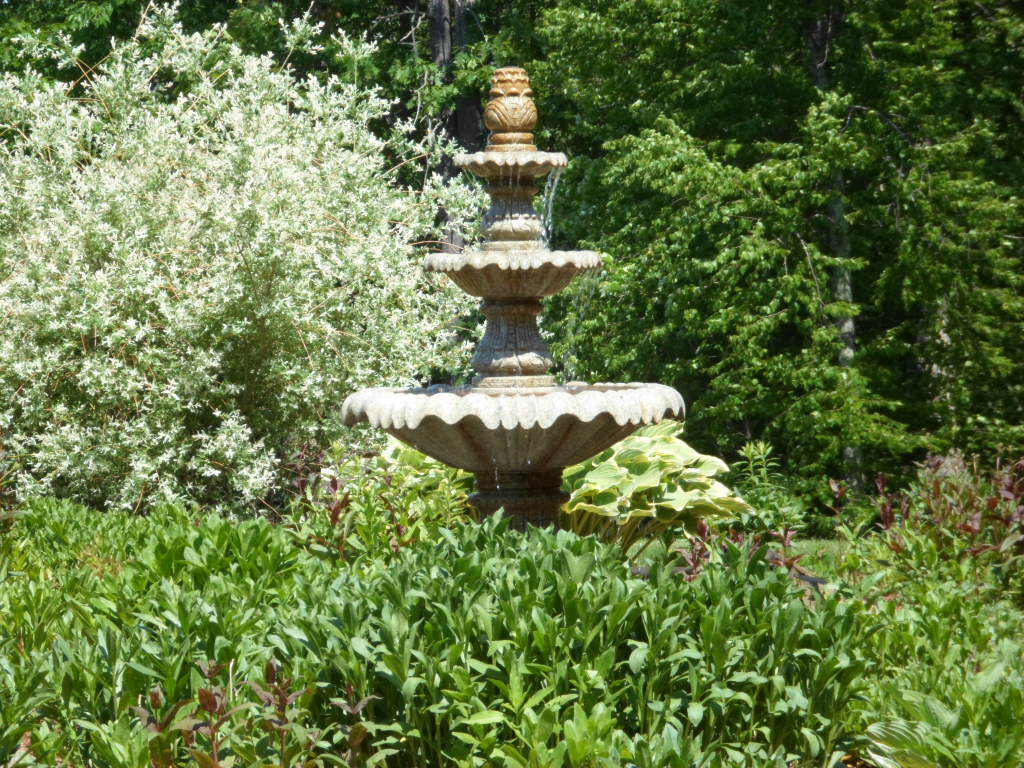 Water Fountain at Rosewood Landing NH
