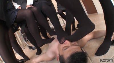 Hyper pumps & tights fetish 蒸れて臭い立つ OL黒タイツのつま先消臭強要 足で支配される屈辱サンプル7