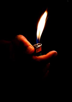gangs-drugs-lighter