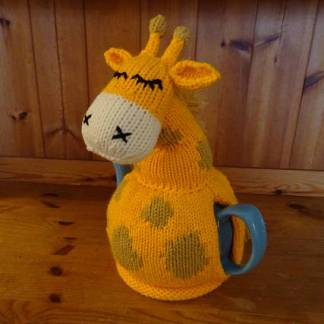 giraffe tea cozy