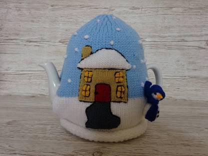 cozy xmas knitted tea