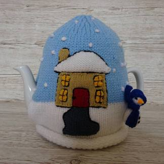 cozy xmas knitted tea