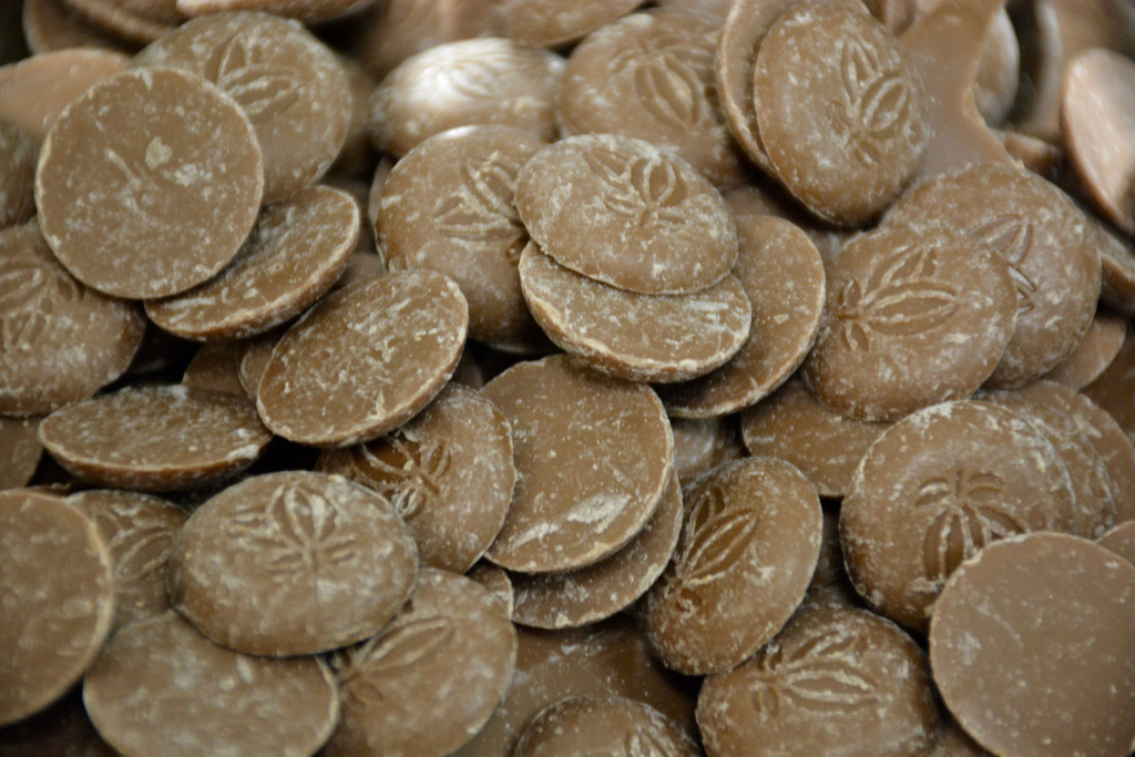 Milk Couverture coins by Felchlin