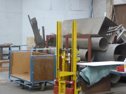 Another photo of the tool sculpture machinery workshop.