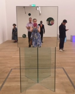 The Passing Winter made from Mirror and Glass by Yayoi Kusama with myself taking a selfie