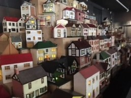 A side view angle of the dolls houses it up