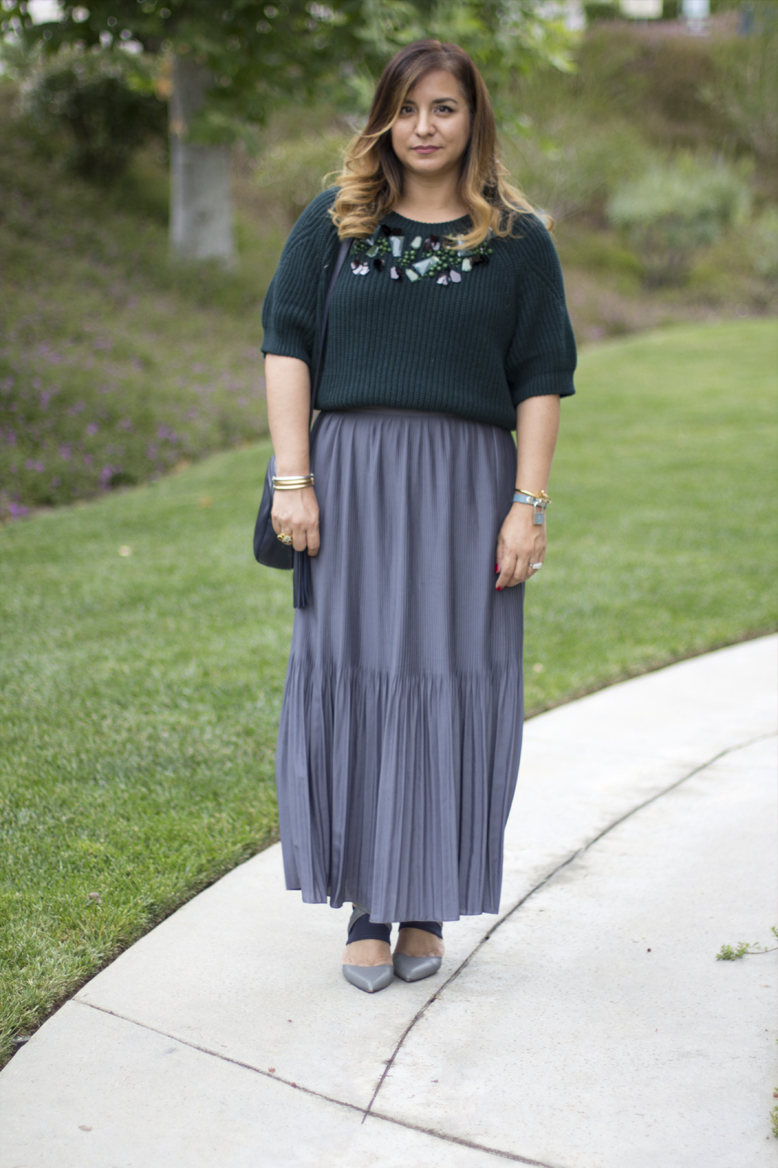 green-sweater-pleated-maxi-skirt
