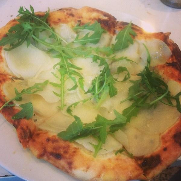 Potato, Rosemary, Gorgonzola (Bianco) Pizza @gfb_bakery