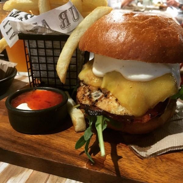 St Clair Steak Burger