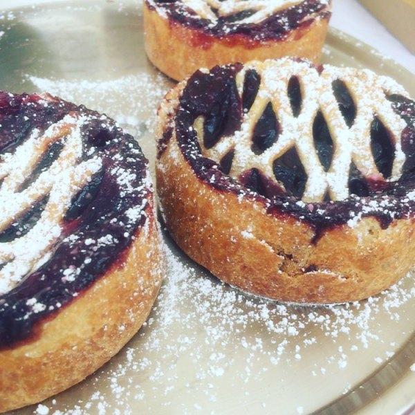 Nat's Cakes & Pies