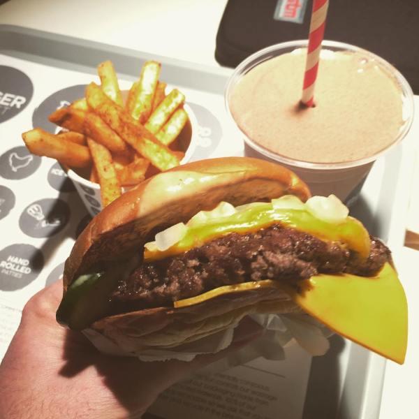 American Cheese @burgerproject