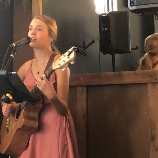 'Hard Place' by up & coming young singer/songwriter, Hattie Oates from Australia's country music capital @hattie_oates_music
