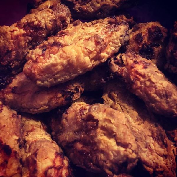 Poorvex Weber 'fried' chicken at the Sunday Funday Ultimate BBQ Test Kitchen @ultimate_bbq