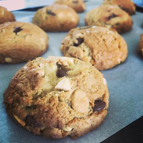 Buzzfeed's best ever choc chip cookie  by Ben & Amy