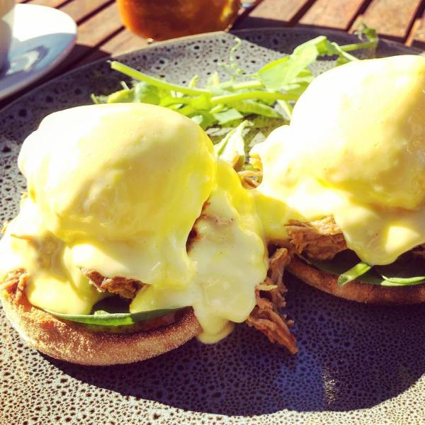 Eggs Benedict with Pulled Pork