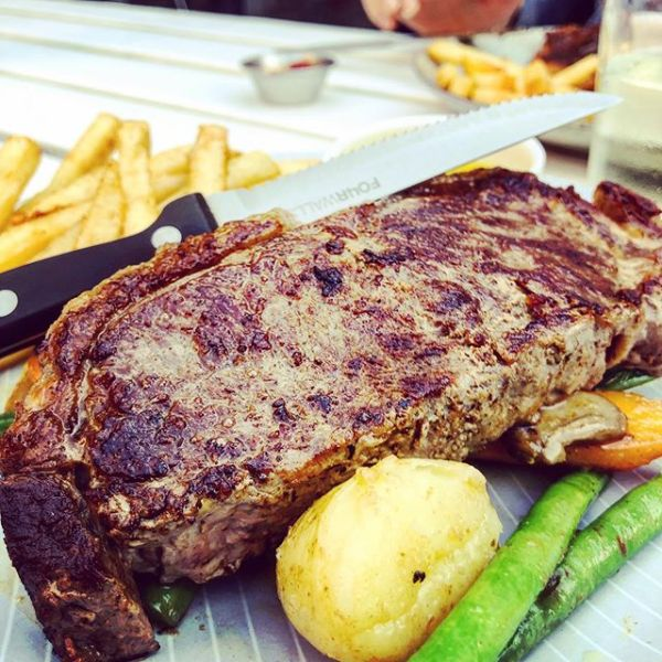 300gm Angus Steak 🥩 & She'll Be Apples Cider