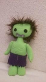 Hulk...muñeco realizado en forro polar y fieltro relleno hipoalergénico