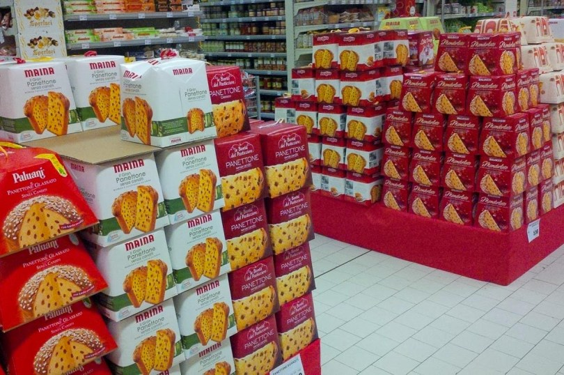 Colourful boxes of panettone sold in a local supermarket - Vicenza, Italy - rossiwrites.com