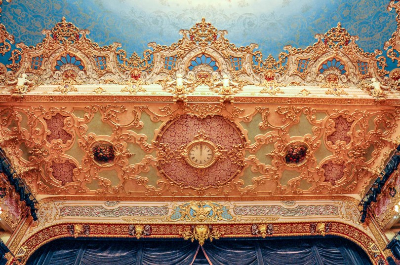 The clock above the stage - La Fenice Opera House in Venice, Italy - www.rossiwrites.com