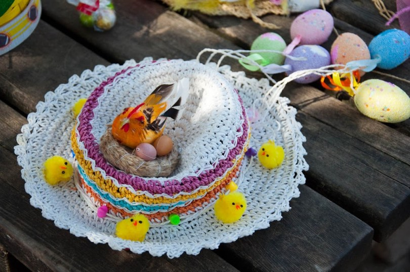 Easter bonnet - Vicenza, Italy - rossiwrites.com
