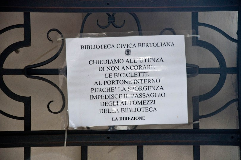 Warning sign, Biblioteca Civica Bertoliana, Vicenza, Veneto, Italy