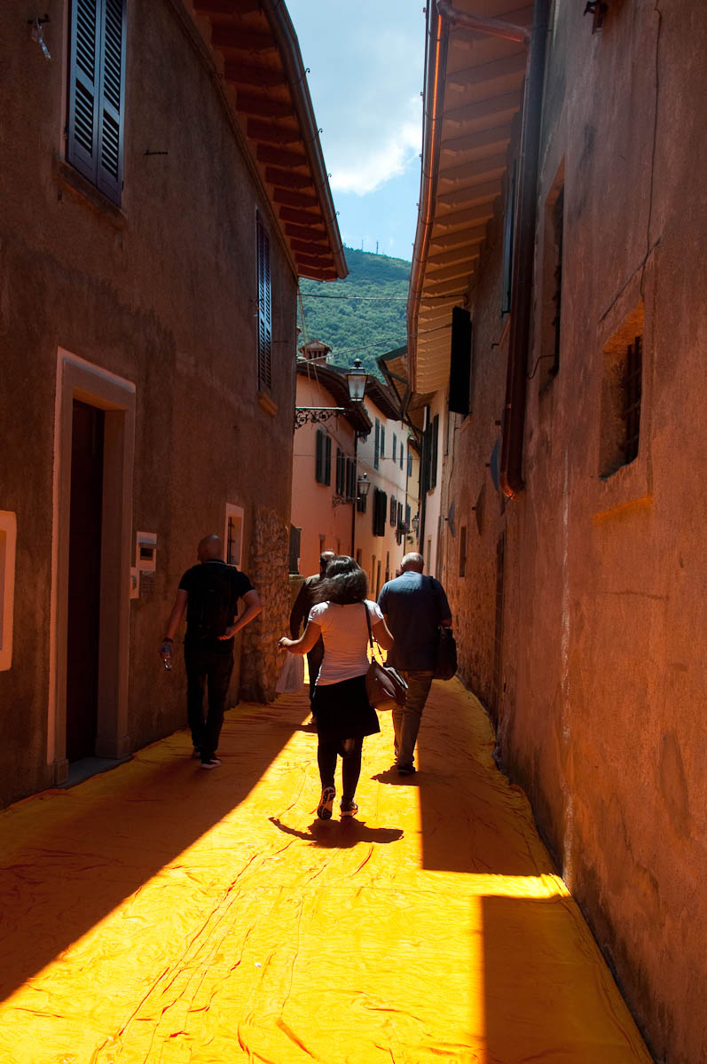 Christo's The Floating Piers, The orange streets of Sulzano, Lake Iseo, Italy - www.rossiwrites.com