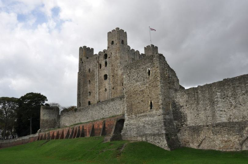 Rochester Castle, Kent, UK - www.rossiwrites.com