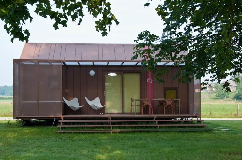 A mobile home, Big Berry glampsite, Bela Krajina, Slovenia - www.rossiwrites.com