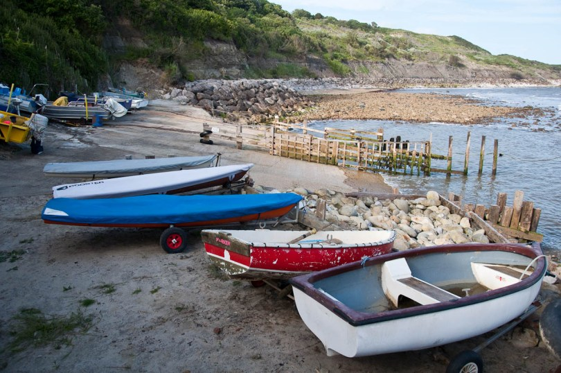 Boats, Castlehaven beach, Isle of Wight, UK - www.rossiwrites.com